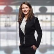Mulheres nas empresas familiares: características da sucessão feminina